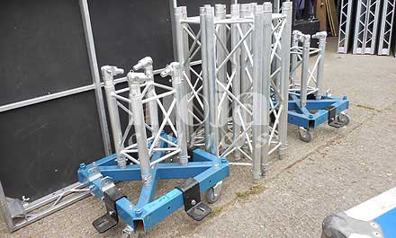 Truss components to UK destination